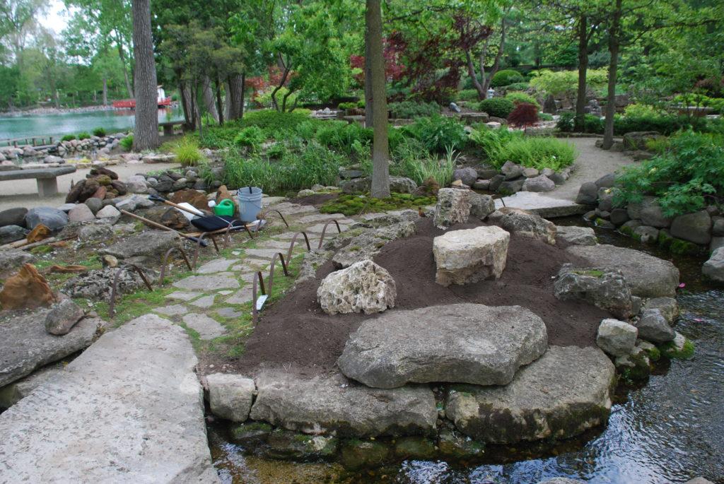 Constructing the Moss Gardens at Rotary Botanical Gardens - Rotary ...