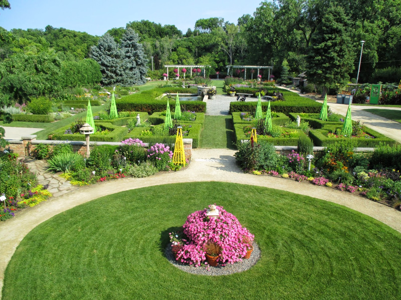 French Formal Rose Garden - Rotary Botanical Gardens