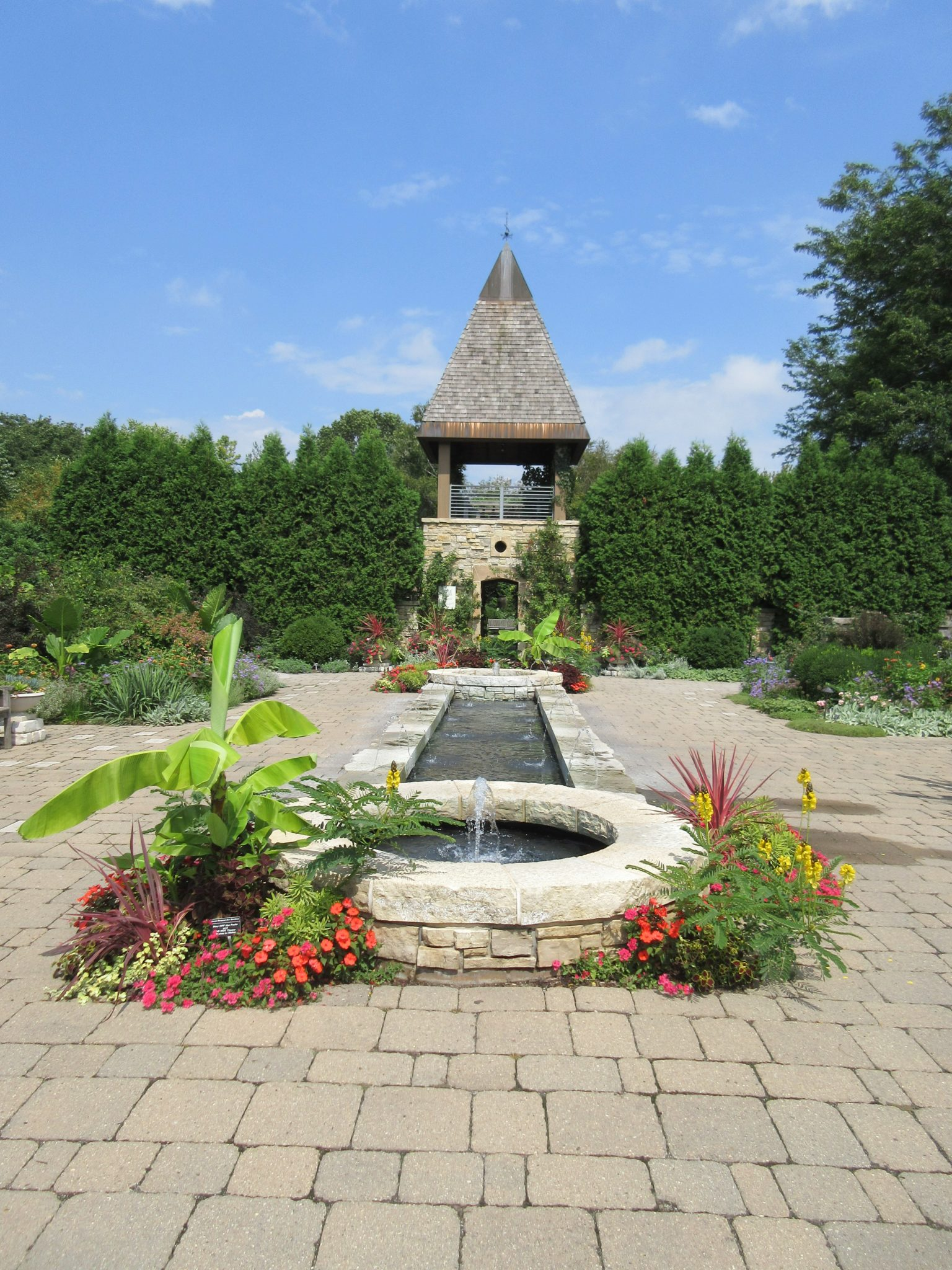 Olbrich in august rotary botanical gardens for Olbrich botanical gardens hours