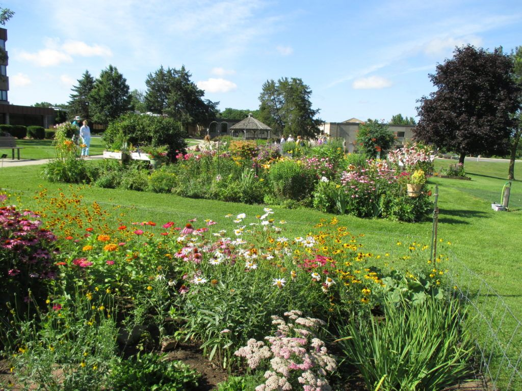 This Past Saturday, July 15th, Was A Beautiful Day For The 23rd Annual  Rotary Botanical Gardens Home Garden Tour. With Ample Sunshine And  Temperatures In ...