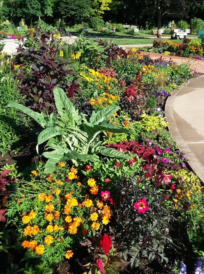 Garden Dedication! - Rotary Botanical Gardens